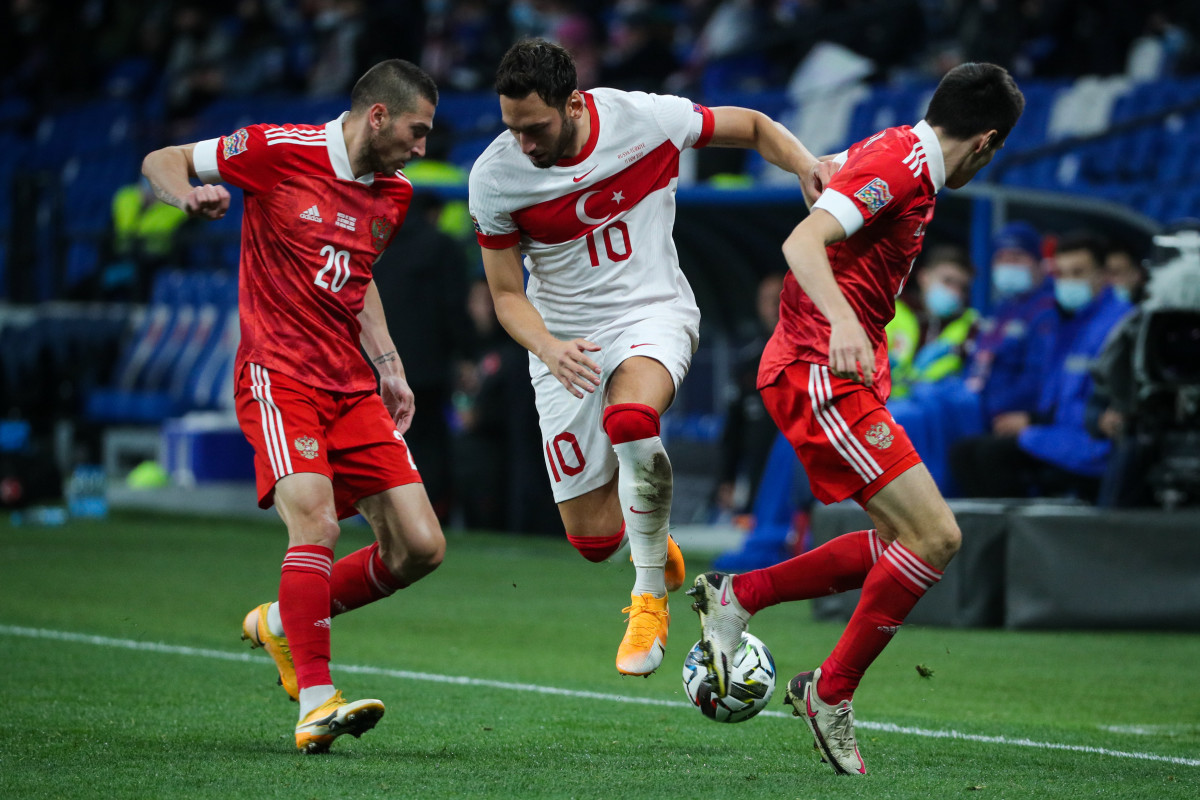 Kökçü represented the Netherlands to u19 level before switching to Turkey