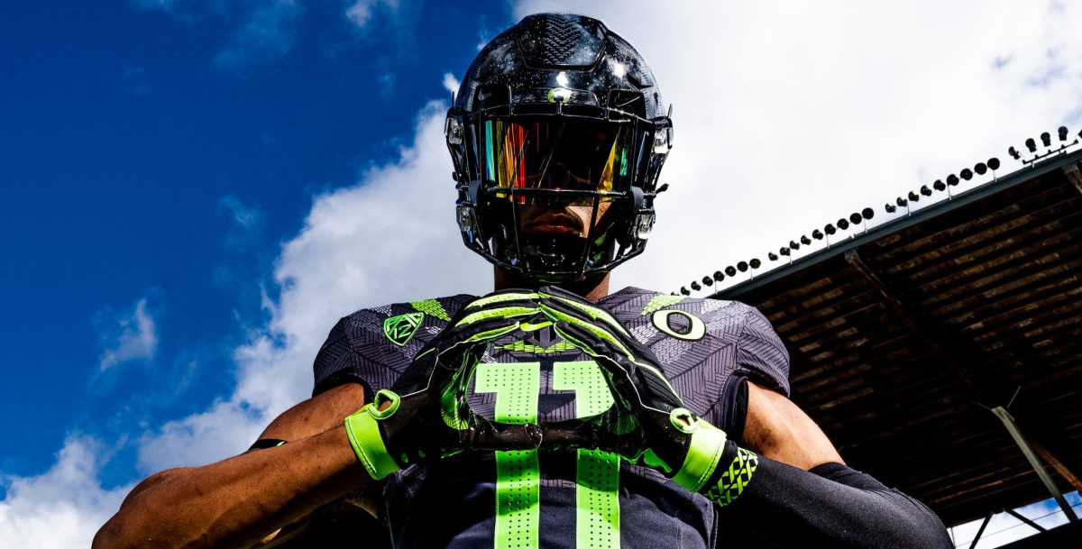 Cyrus Moss Goes in depth on Oregon Official Visit