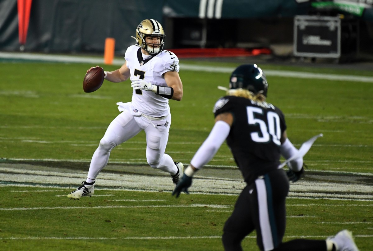 New Orleans Saints quarterback Taysom Hill (7) looks to pass against the Philadelphia Eagles. Mandatory Credit: James Lang-USA TODAY