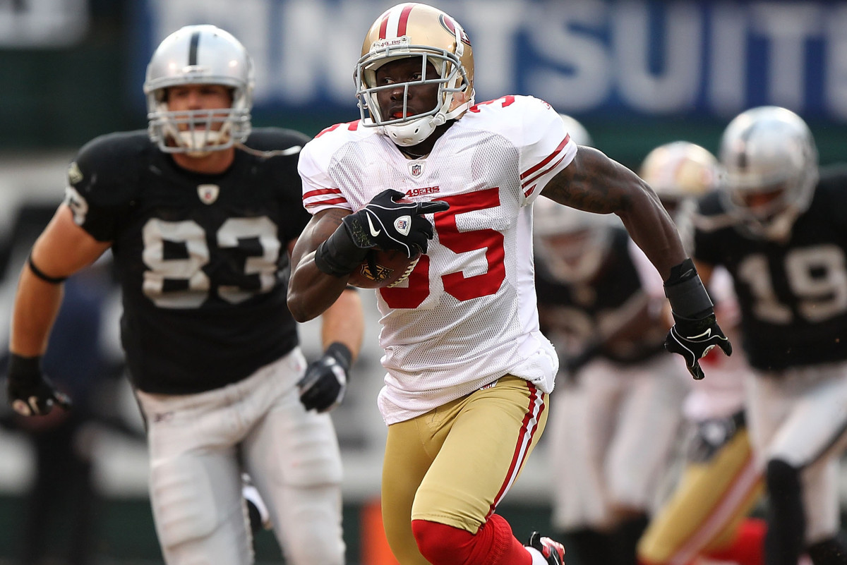 ...And in 2010 with the 49ers, where Phillips suffered a gruesome ankle injury.