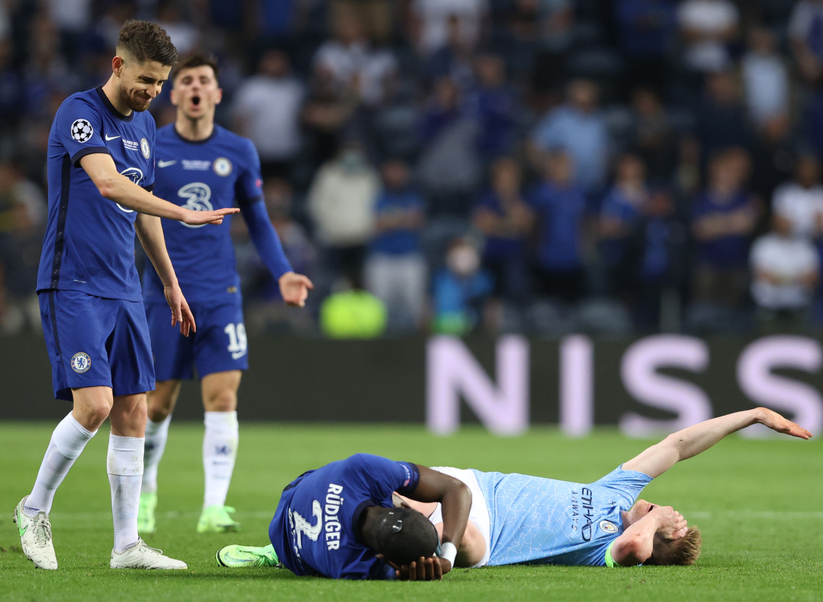 De Bruyne was forced off an hour into the Champions League Final