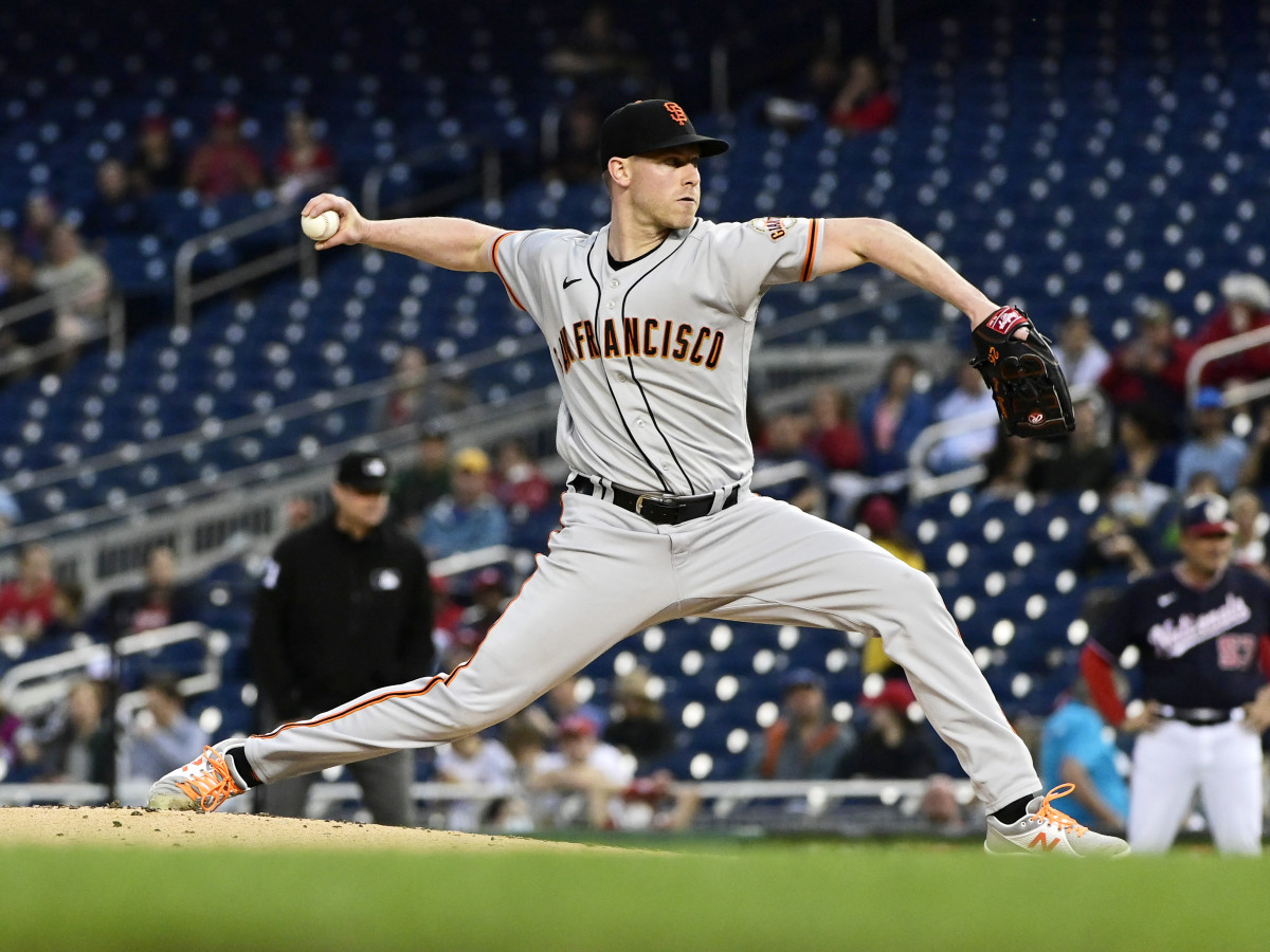 Jun 11, 2021; Washington, District of Columbia, USA;  San Francisco Giants starting pitcher Anthony DeSclafani (26) delivers a pitch during the third inning against the Washington Nationals at Nationals Park.