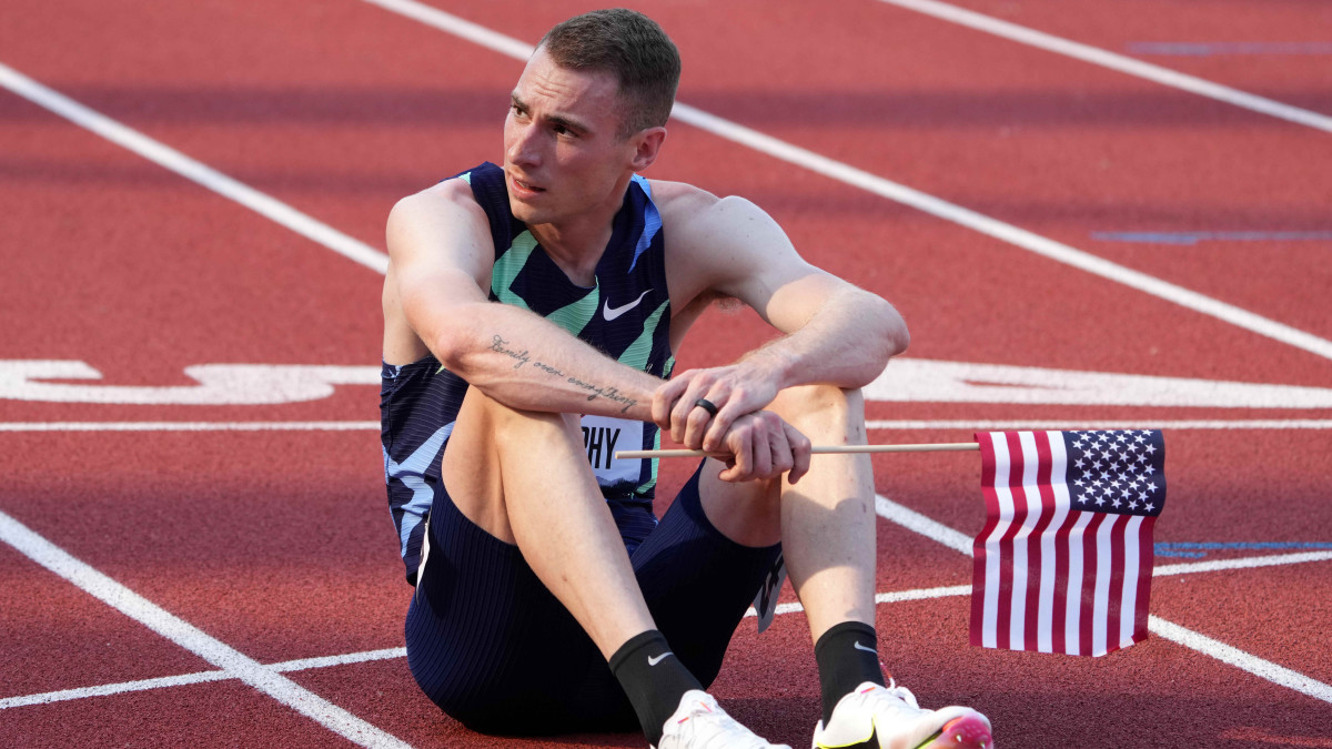 Clayton Murphy reacts after winning the 800m in 1:43.17 during the USA Olympic Team Trials at Hayward Field.