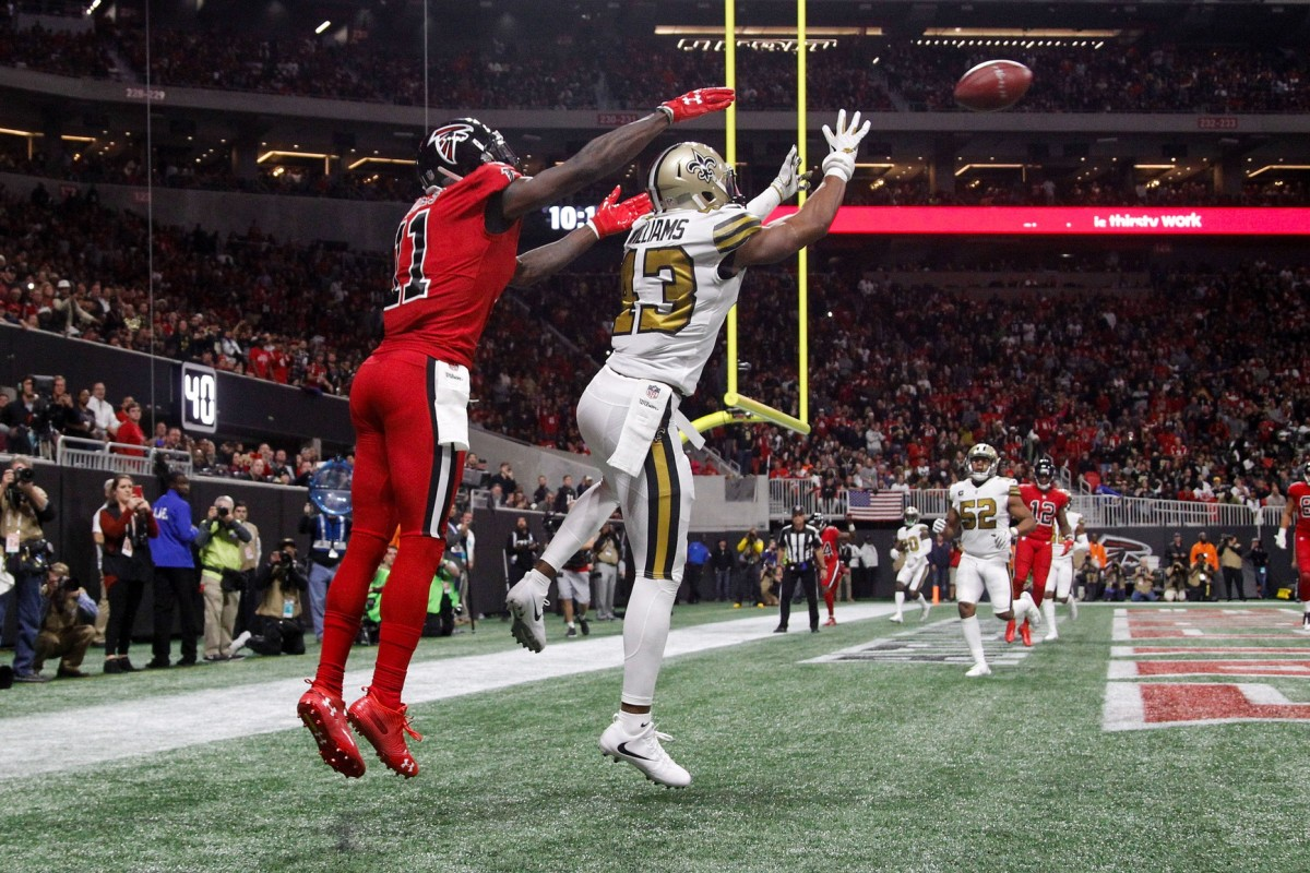 New Orleans Saints safety Marcus Williams (43) intercepts a pass intended for Falcons receiver Julio Jones (11). Mandatory Credit: Brett Davis-USA TODAY Sports
