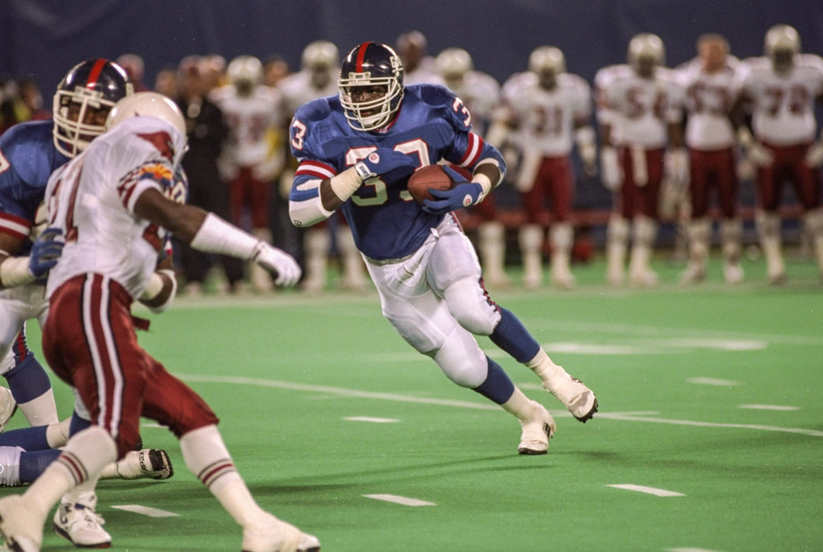 The Super Bowl-champion Giants drafted Bunch at No. 27 ... and then cut him loose after just three seasons.