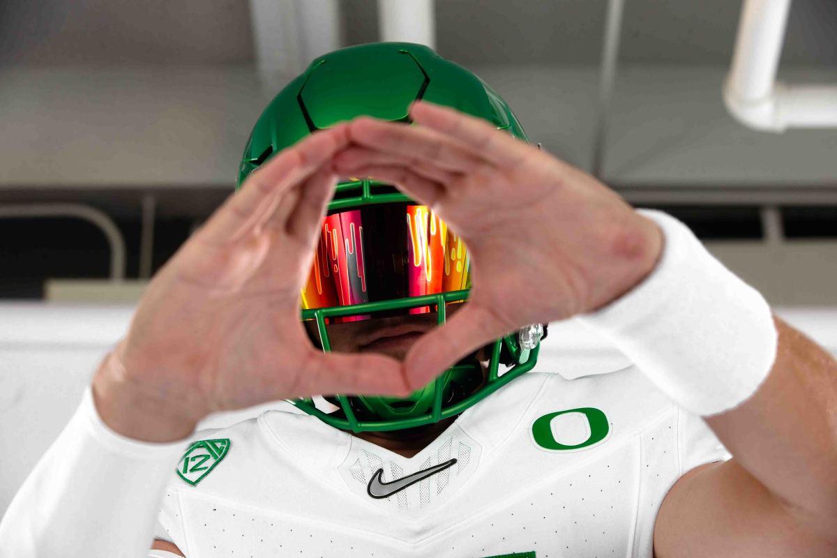 Tanner Baiely Oregon Visit Throwing O