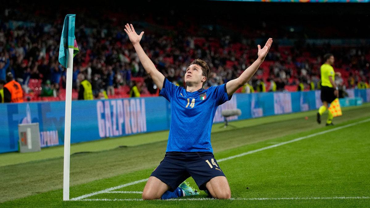 Federico Chiesa scores for Italy vs. Austria at Euro 2020