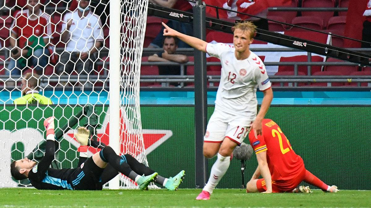 Kasper Dolberg scores for Denmark vs. Wales at the Euros
