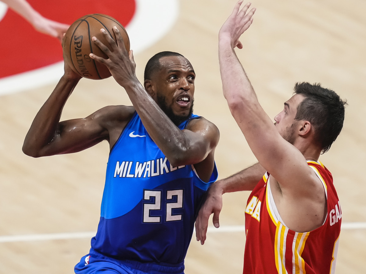 Milwaukee Bucks forward Khris Middleton (22) looks for a shot against Atlanta Hawks forward Danilo Gallinari (8) during the second half during game three of the Eastern Conference Finals