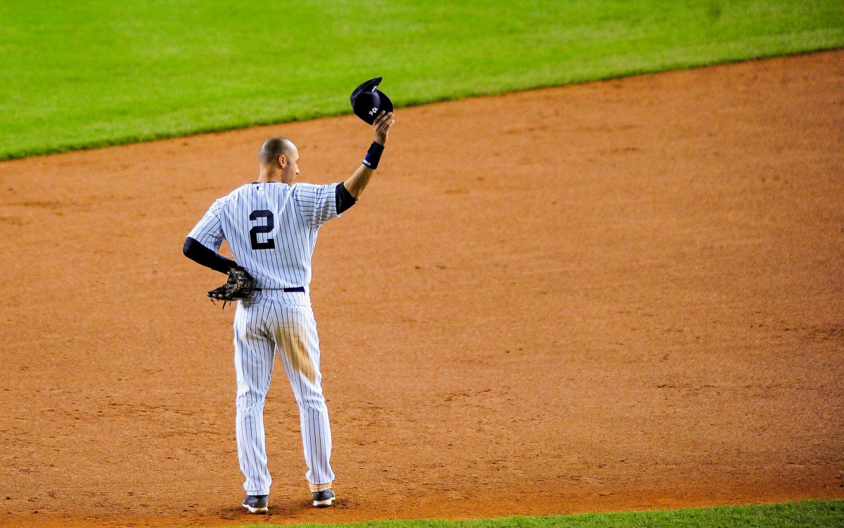 Derek Jeter tips his cap to the crowd in his final game at Yankee Stadium on Sept. 25, 2014.