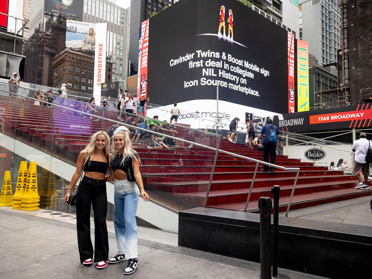 Cavinder twins pose in Times Square