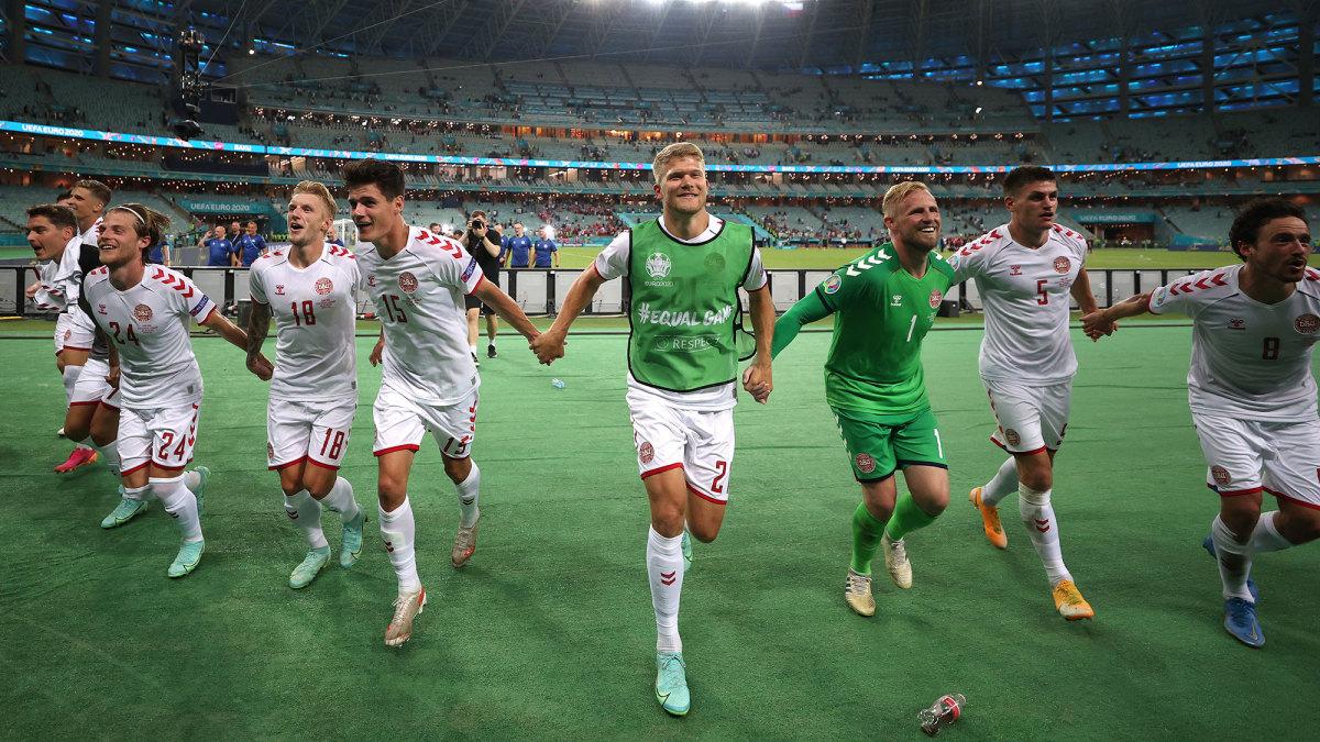 Denmark celebrates its Euro 2020 quarterfinal win vs Czech Republic