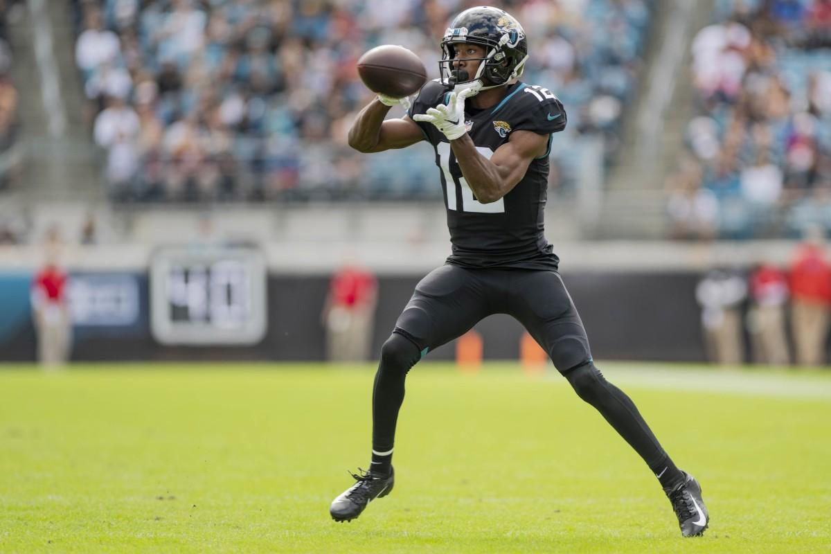 Jacksonville Jaguars receiver Dede Westbrook (12) makes a reception against the Washington Redskins. Mandatory Credit: Douglas DeFelice-USA TODAY Sports
