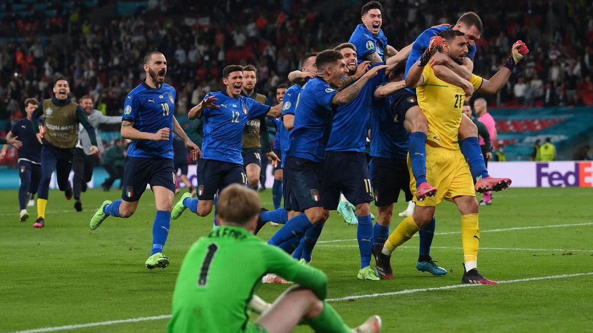 Gianluigi Donnarumma saves Bukayo Saka's penalty to clinch Euro 2020 for Italy