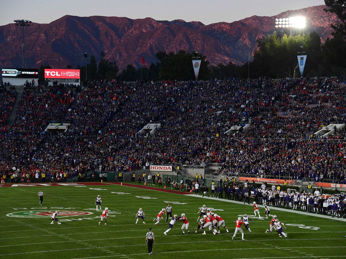 View of the Mountains in the background of the Rose Bowl
