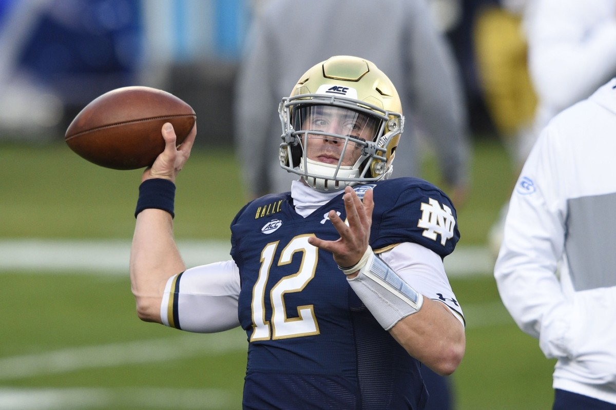 Notre Dame Fighting Irish quarterback Ian Book (12). Mandatory Credit: Bob Donnan-USA TODAY Sports