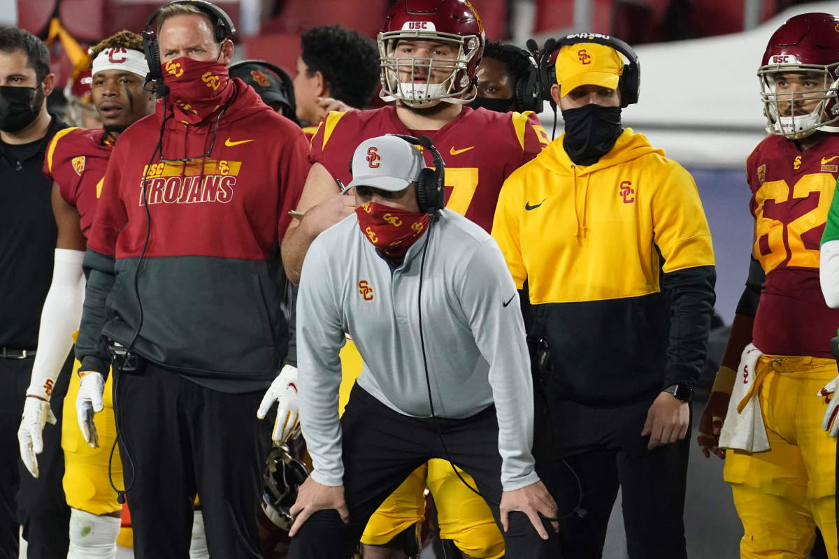 Clay Helton coaches from the sideline during the 2020 season.