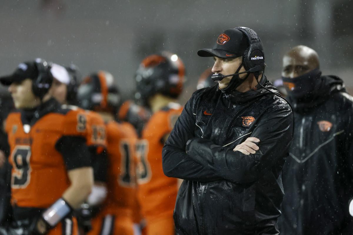 Head Coach Jonathan Smith enters his fourth season leading the Oregon State Beavers football program.