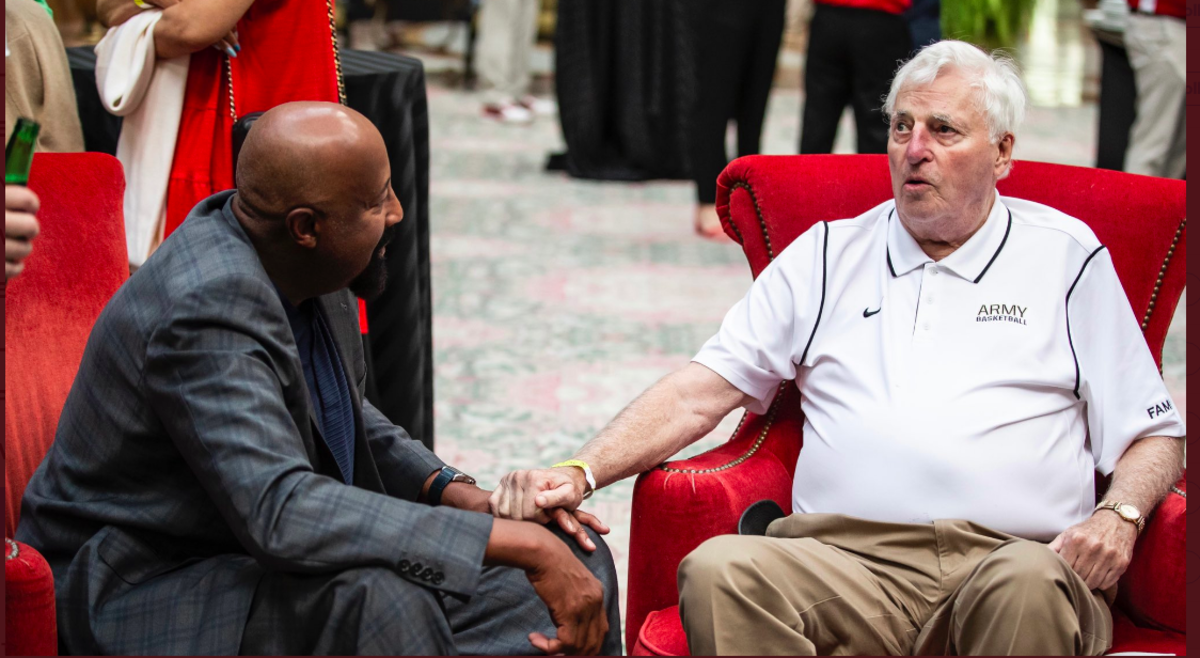 Indiana coach Mike Woodson (left) chats with Bob Knight during a basketball reunion over the weekend (Photo courtesy of IU Athletics)