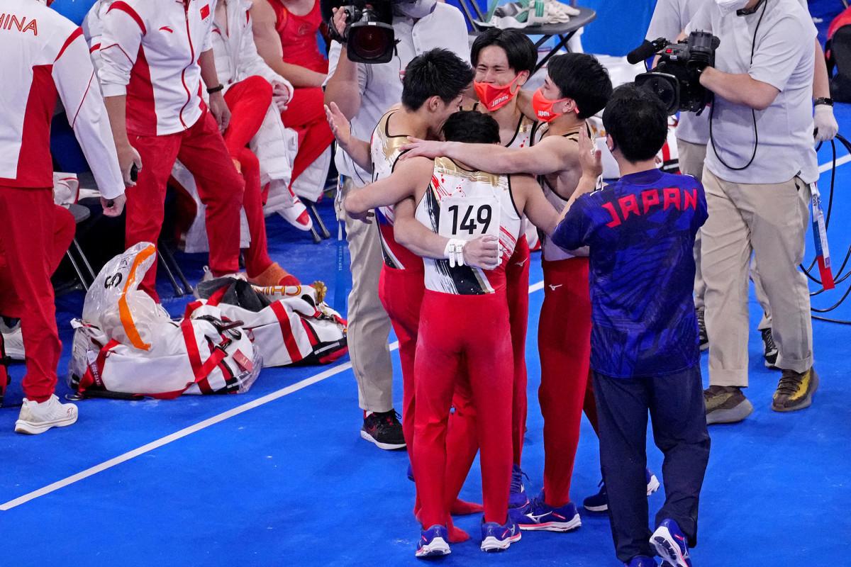 japan-mens-team-gym