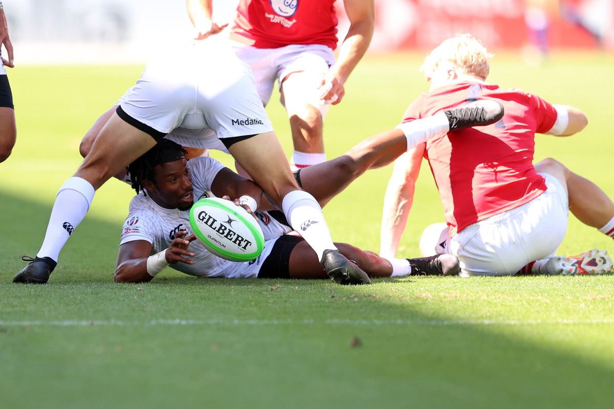 carlin-isles-rugby-action