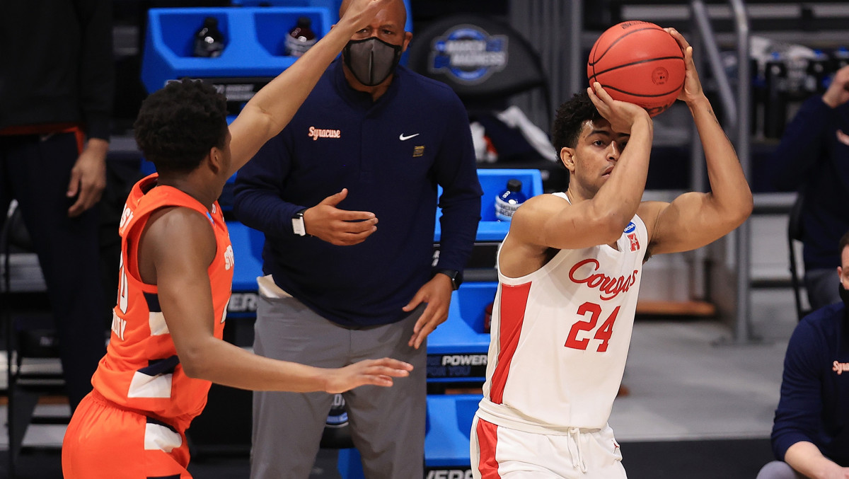 As a junior, Grimes led the conference by shooting 40.3% from three.