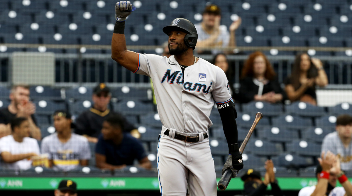 Jun 3, 2021; Pittsburgh, Pennsylvania, USA; Miami Marlins center fielder Starling Marte (6) acknowledges the crowd prior to his first at bat against the Pittsburgh Pirates during the first inning at PNC Park.
