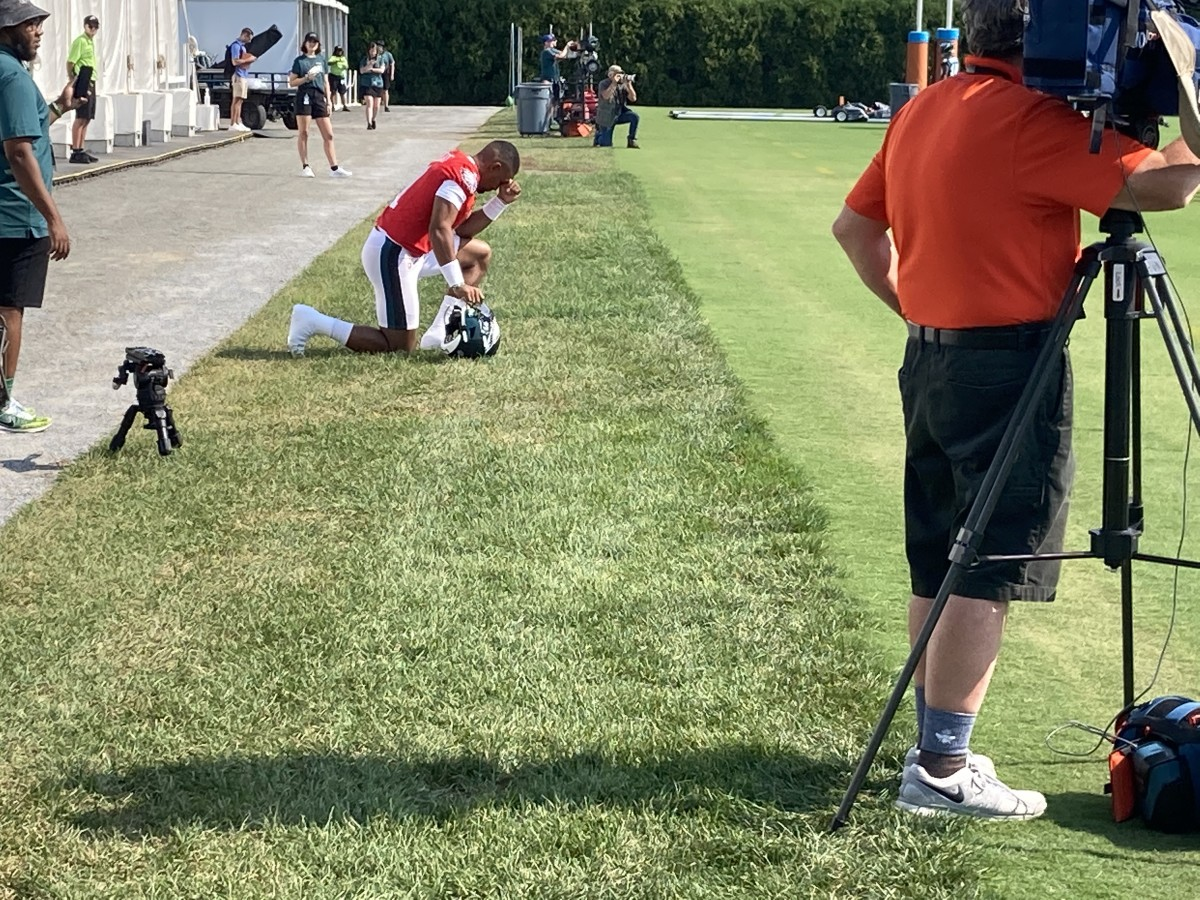 Jalen Hurts before taking field on first day of Eagles training camp, July 28, 2021