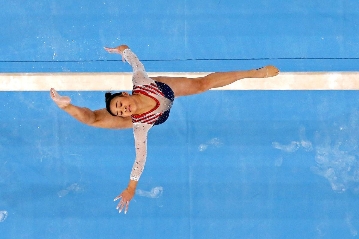 suni-lee-individual-gold-action