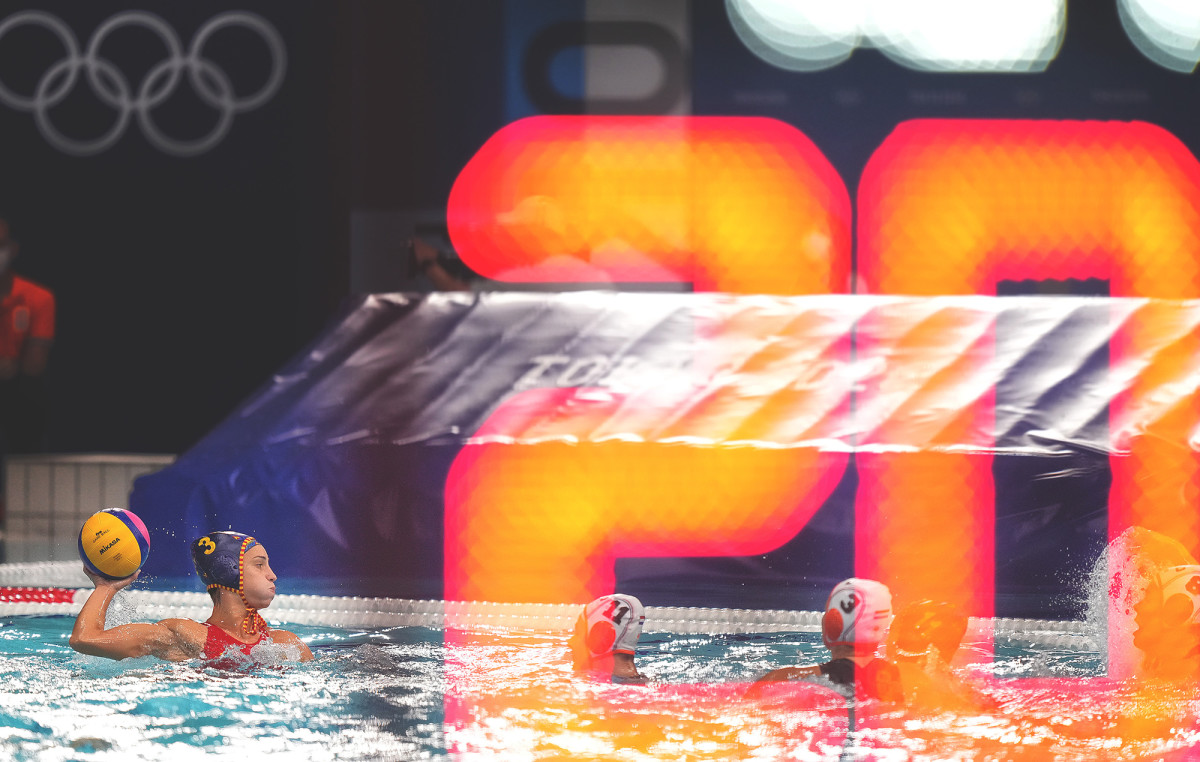 water-polo-action-inline