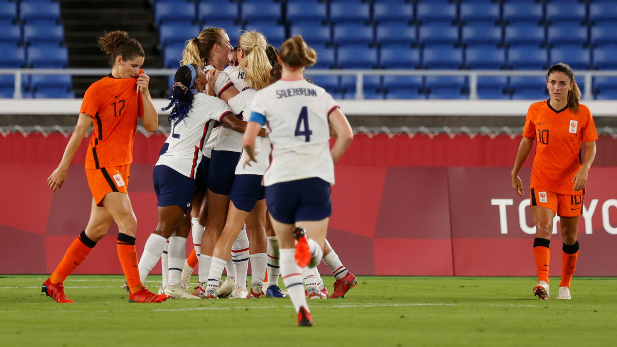 USWNT Survives Netherlands in PKs to Reach Olympic Semis