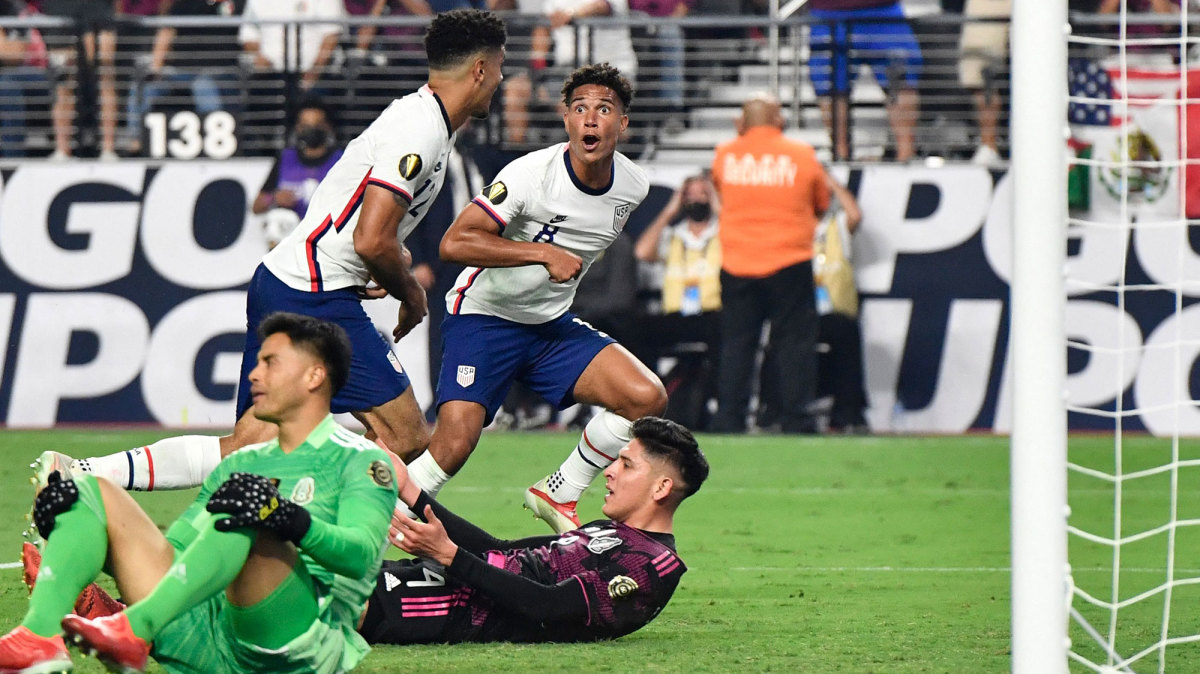 Robinson's Extra-Time Header Clinches Gold Cup for USMNT