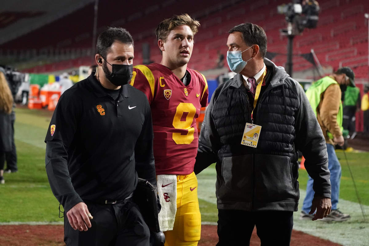 If Kedon Slovis can bounce back from his shoulder injury, he can be an early starter in the league.