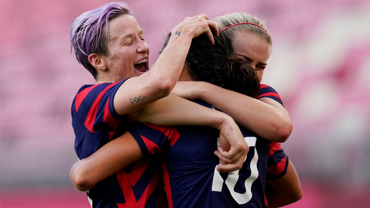 USWNT greats Megan Rapinoe and Carli Lloyd scored two goals apiece in the bronze medal game