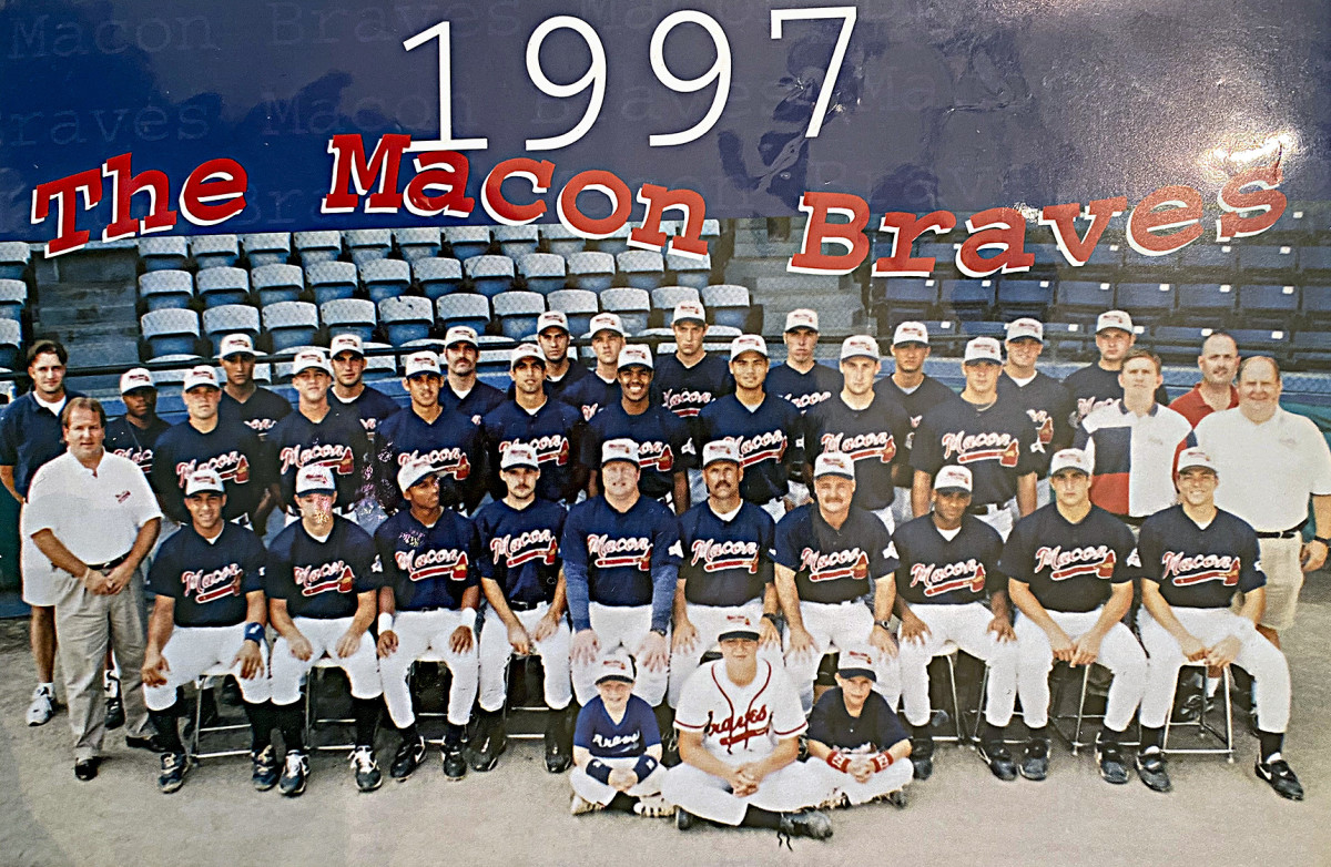 Snitker has had stopsas a manager at Class A Durham (1984) and Macon ('97).