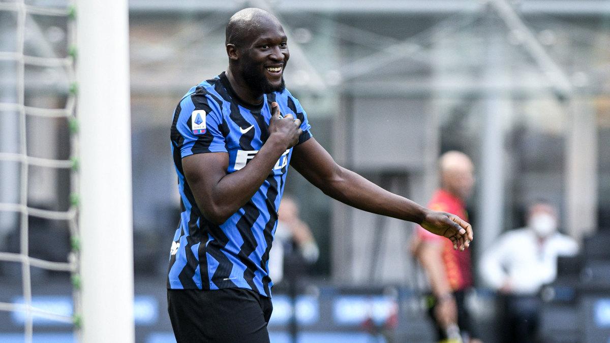 Romelu Lukaku is headed back to Chelsea