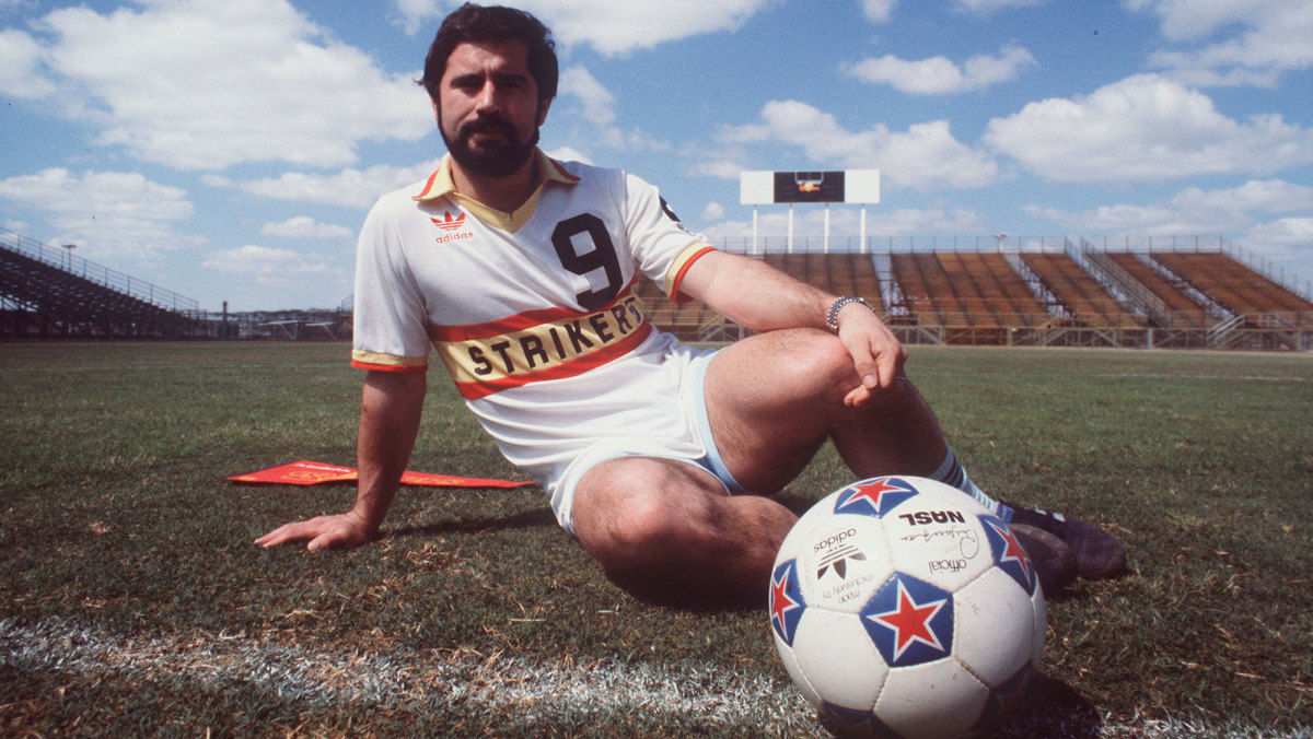 Gerd Muller playing for the Fort Lauderdale Strikers