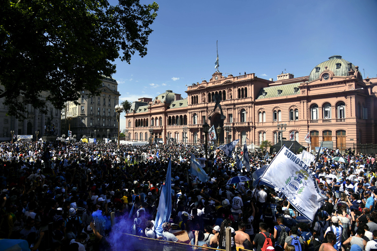 Argentina's president declared three days of national mourning. One visitor at the Casa Rosada suggests it might as well have been a month.