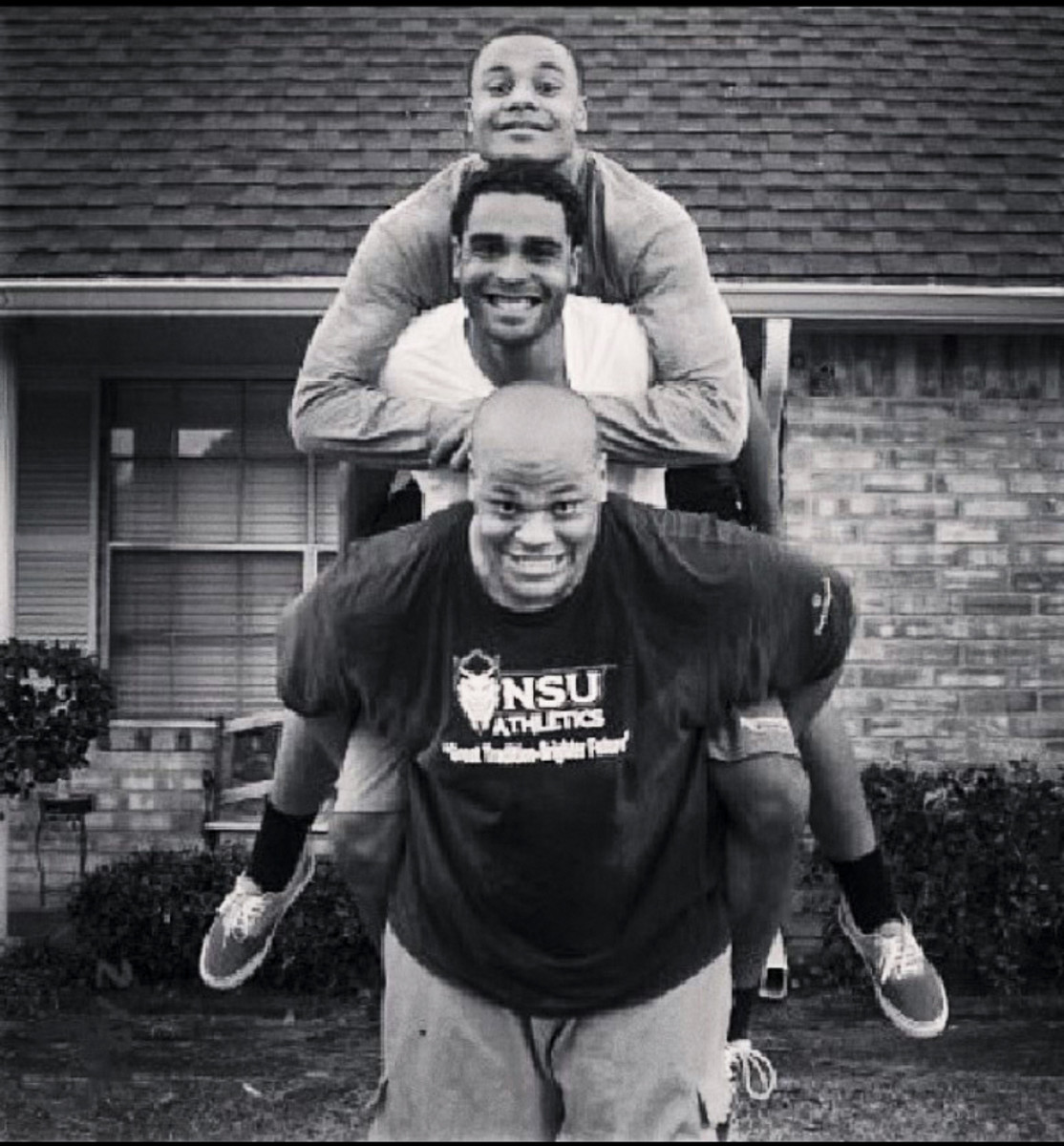 Jace Prescott carries brothers Dak and Tad on his back in a playful photo