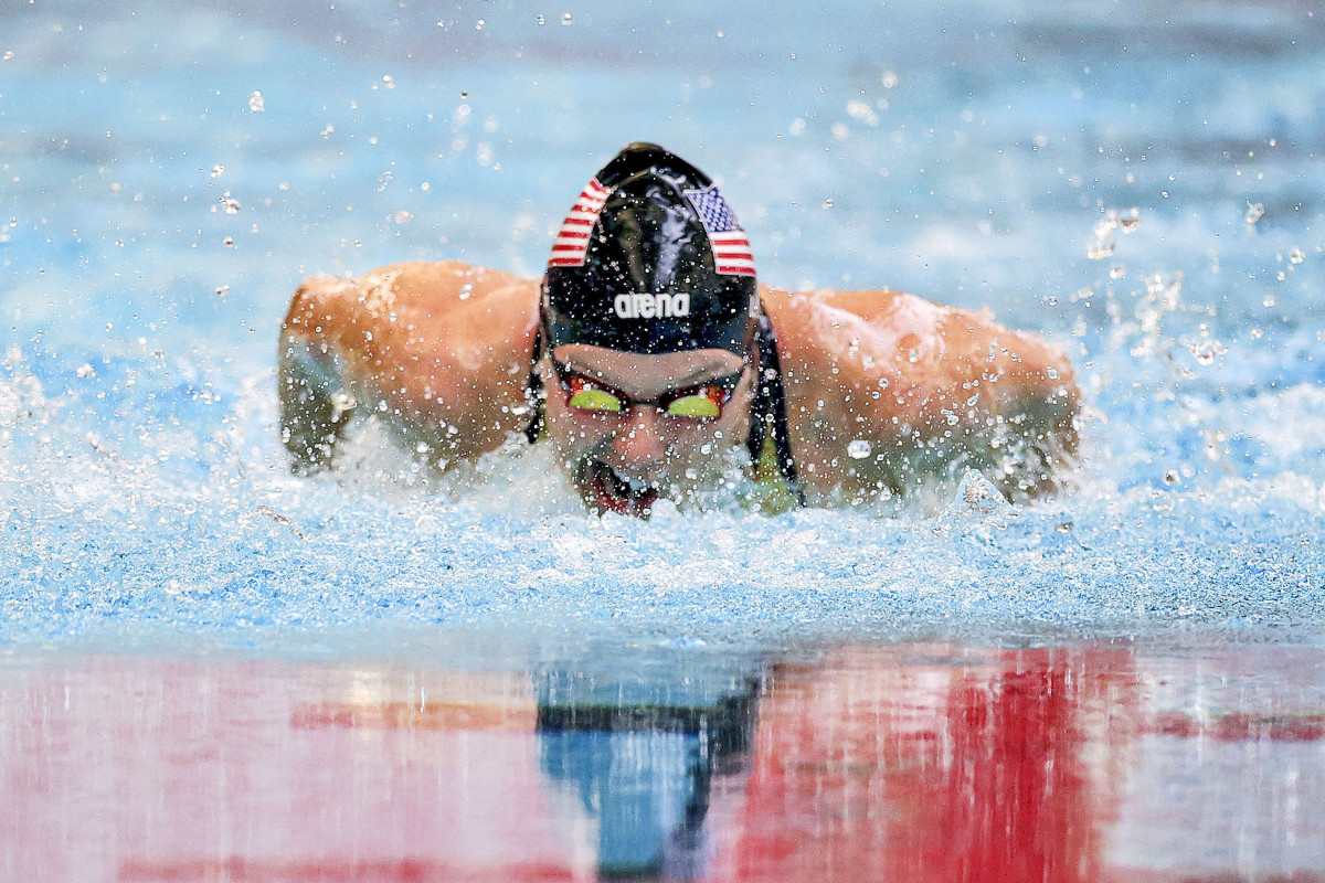 At the U.S. trials in Minneapolis, Long won her classification in the 100-meter breaststroke, the 100 backstroke and the 400 freestyle.