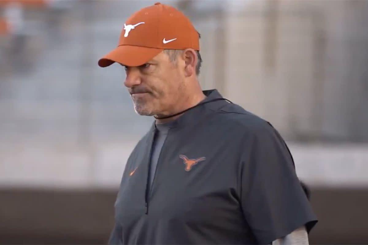 Fútbol americano de cuernos largos de Texas: por qué la defensa de Texas está lista para sorprender al fútbol americano universitario