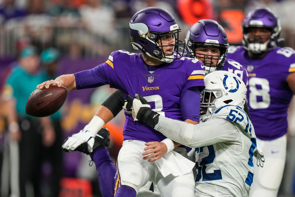 Jake Browning faces a heavy Colts pass rush.
