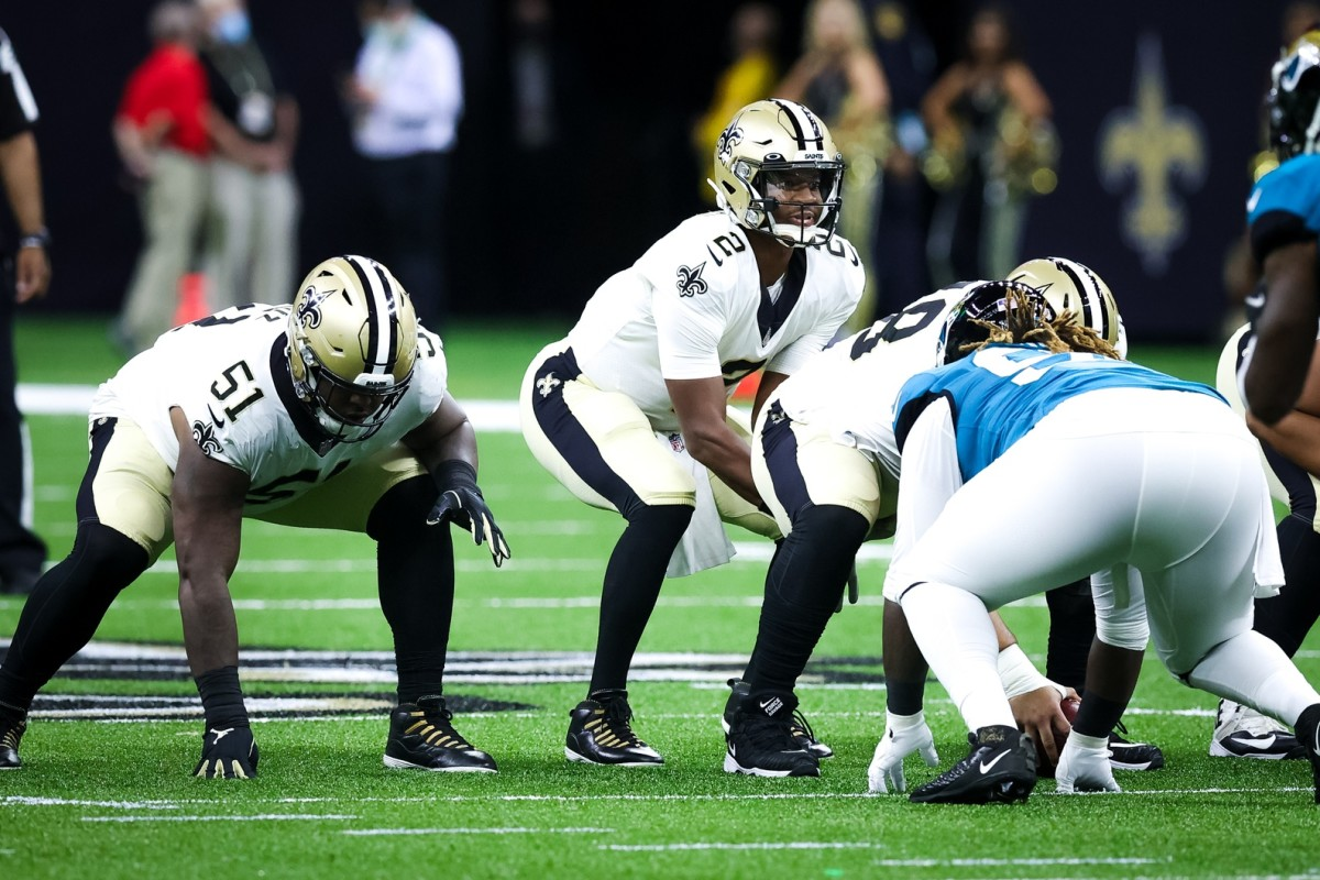 New Orleans Saints quarterback Jameis Winston (2) waits for the snap against Jacksonville. Mandatory Credit: Stephen Lew-USA TODAY Sports