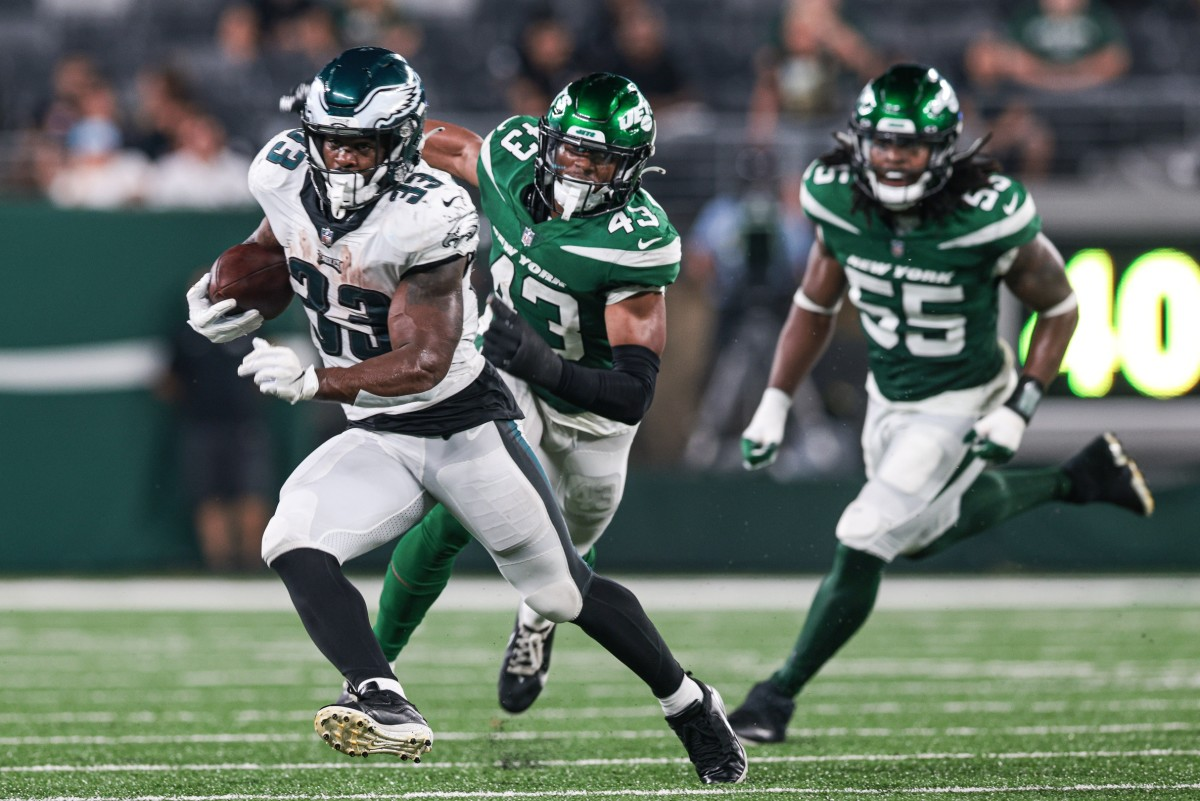 Elijah Holyfield runs for daylight against the Jets