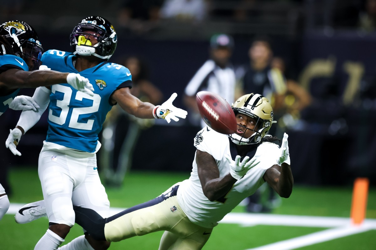 New Orleans Saints wide receiver Marquez Callaway (1) catches a touchdown pass against Jaguars cornerback Tyson Campbell (32). Mandatory Credit: Stephen Lew-USA TODAY Sports