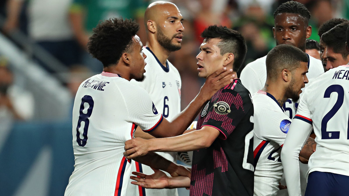 Weston McKennie and Chucky Lozano in the USA-Mexico Concacaf Nations League final
