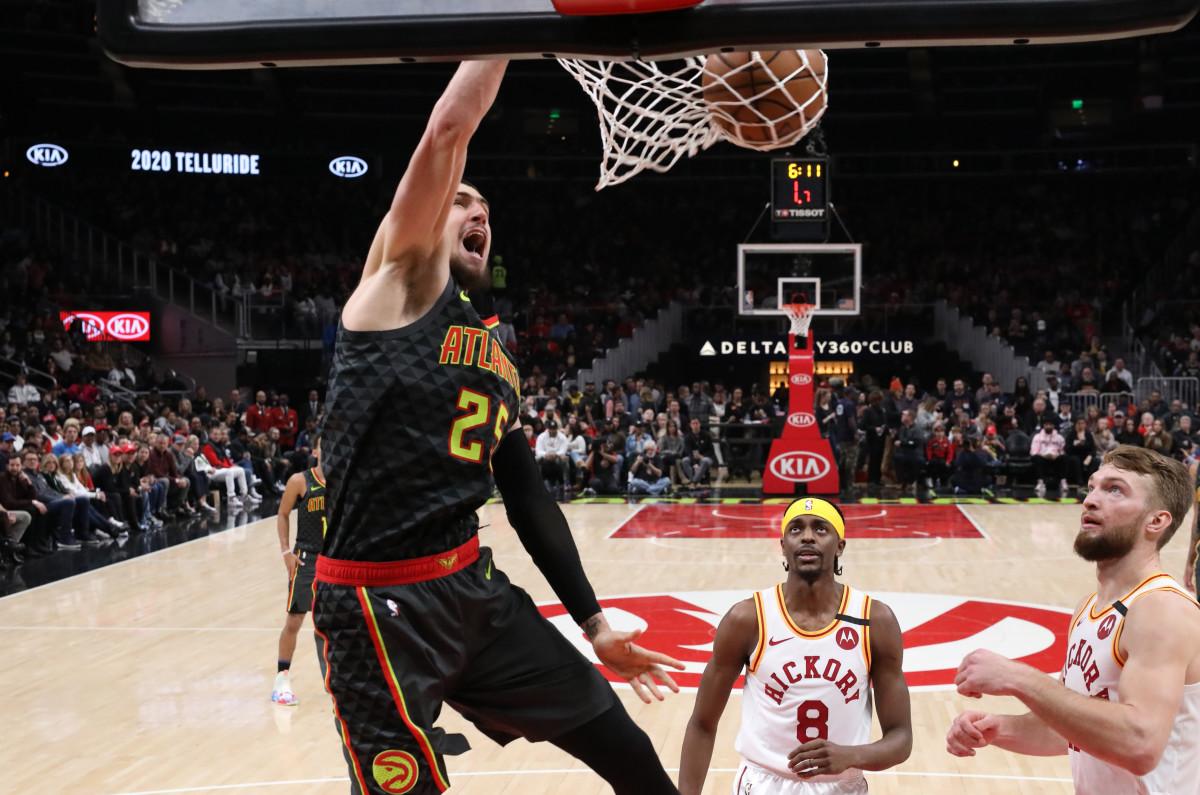 Atlanta Hawks center Alex Len (25) dunks against Indiana Pacers