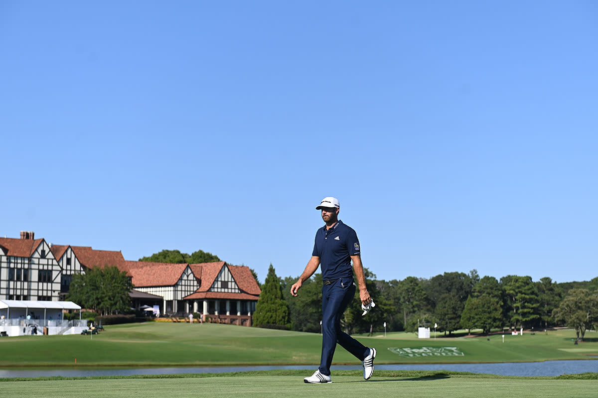 Dustin Johnson plays the final round at the 2020 Tour Championship.