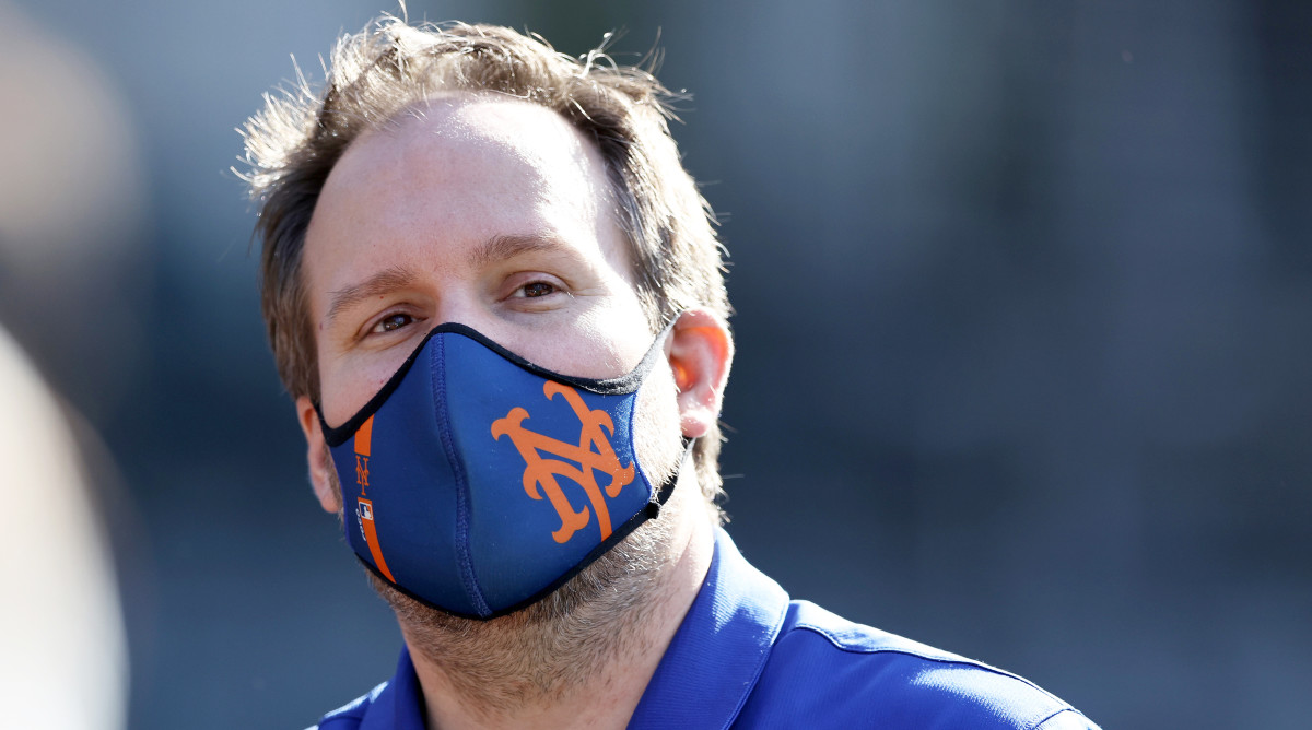 Acting Mets GM Zack Scott was arrested on a charge of driving while intoxicated early Tuesday morning.