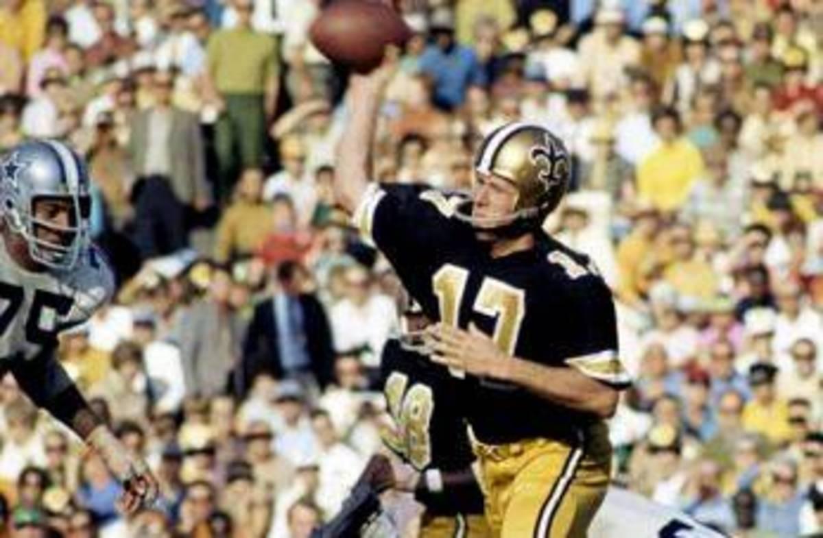 Former New Orleans Saints quarterback Billy Kilmer. Credit: saintshalloffame.com